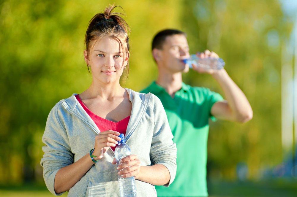De ce să bei mai multă apă?