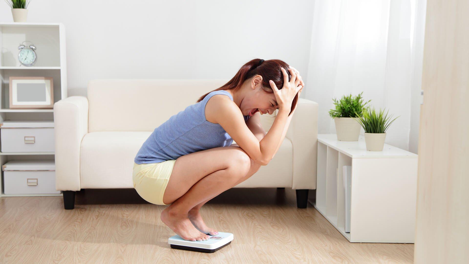 5 obiceiuri mai bune decat cantarirea zilnica pe care trebuie sa le faci cand slabesti